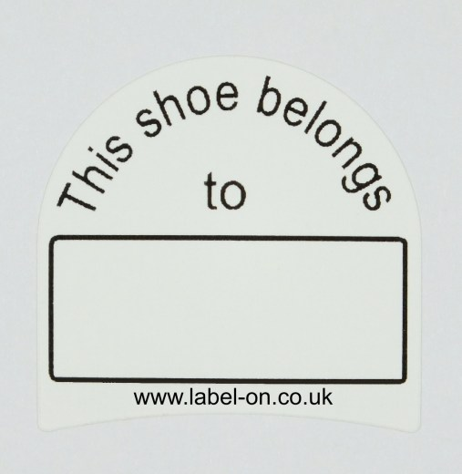 Write your own labels for the marking of sports shoes and work boots