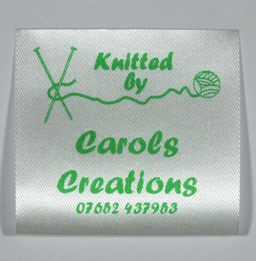 Custom printed fabric labels for knitted items