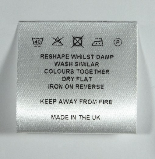 loop-fold wash care label 40mm